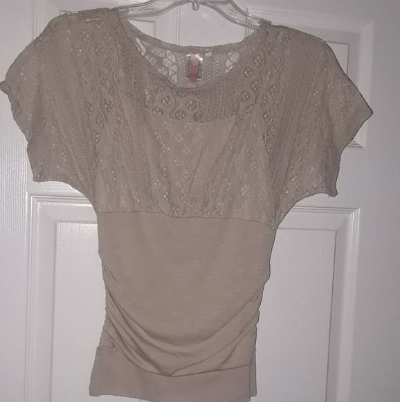 Tops - Tan business casual top small